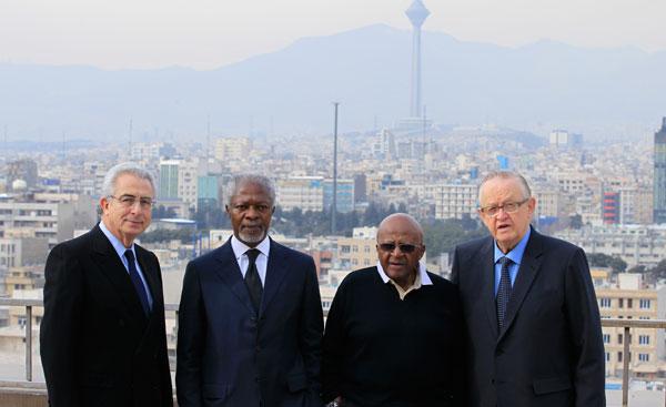 Ernesto Zedillo, Kofi Annan, Desmond Tutu and Martti Ahtisaari arrive in Tehran