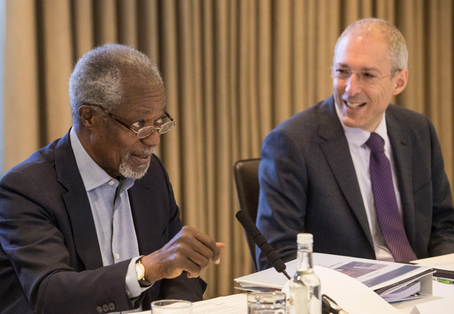 Elders Chair Kofi Annan with CEO David Nussbaum at October 2016 Board Meeting