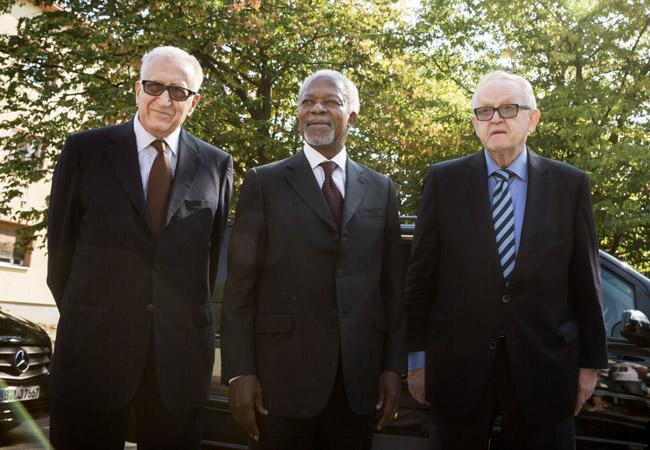 Lakhdar Brahimi, Kofi-Annan and Martti Ahtisaari on the first official Elders visit to Germany, September 2016. (Credit: Gordon Welters/The Elders)