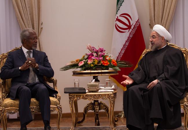 Kofi Annan meets President Rouhani during an Elders visit to Iran in January 2014 (Credit: Morteza Nikoubazl   The Elders)