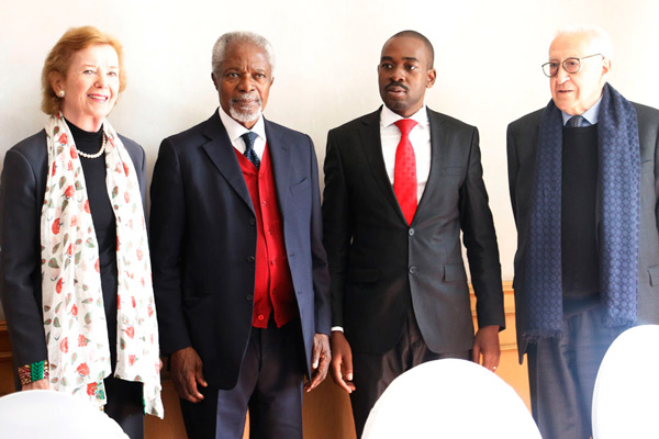 Mary Robinson, Kofi Annan and Lakhdar Brahimi meet MDC Alliance leader and Presidential Candidate, Nelson Chamisa in Zimbabwe in July 2018. (Credit: The Elders)